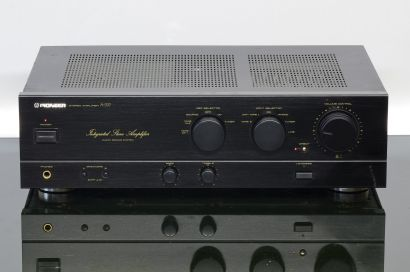 Pioneer A-337 Integrated Amplifier